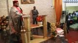 Cesar Kassié sur son trône franc-maçonnique